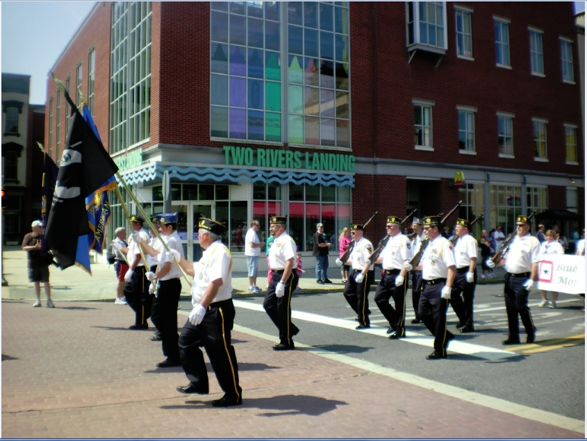 B&L_Color_Guard_pic_3.jpg
