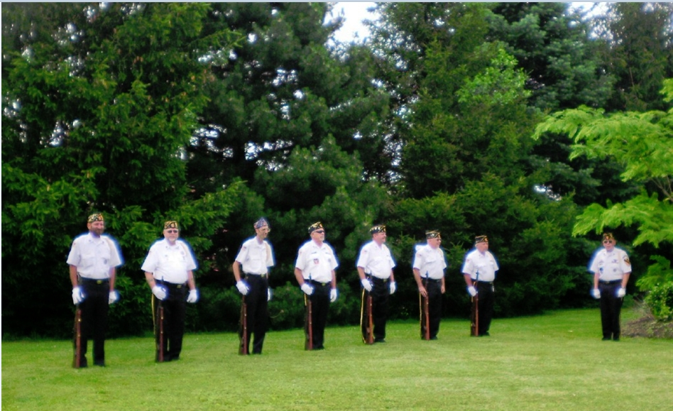B&L_Color_Guard_pic_4.jpg